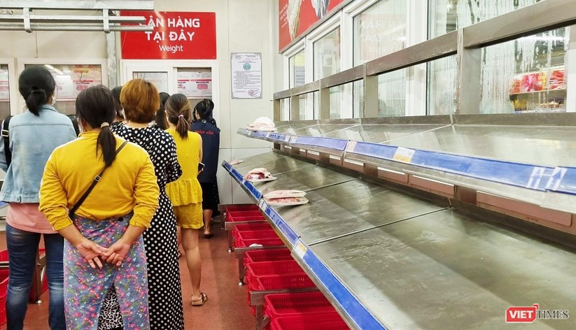 """Đà Nẵng: Người dân đổ xô """"vét sạch"""" siêu thị, sau thông tin TP có thể phong tỏa cứng trong 7 ngày ảnh 9"""