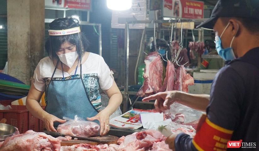 Đà Nẵng chính thức cho chợ truyền thống mở cửa trở lại phục vụ người dân ảnh 4