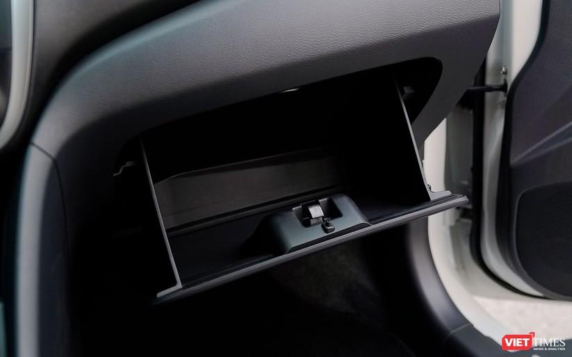 Suzuki Celerio 1.0 CVT: Nhỏ mà vẫn rộng, lái thì khó chê ảnh 4