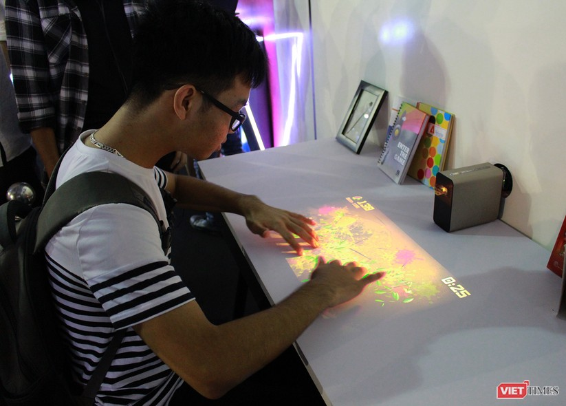 Có gì hay tại sự kiện Sony Show vừa diễn ra tại Hà Nội? ảnh 21