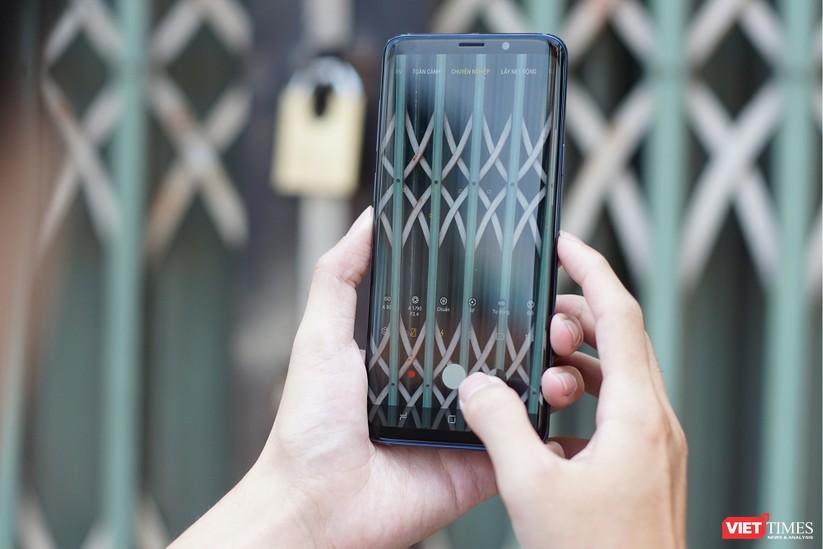 Mở hộp Galaxy S9+ phiên bản 256 GB duy nhất tại Việt Nam ảnh 5