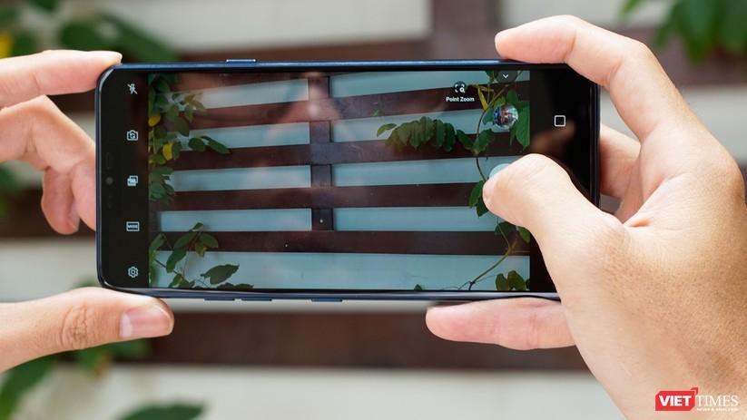 """Trên tay LG G7+ """"Thin Q"""" hàng xách tay về Việt Nam giá 18,9 triệu ảnh 6"""