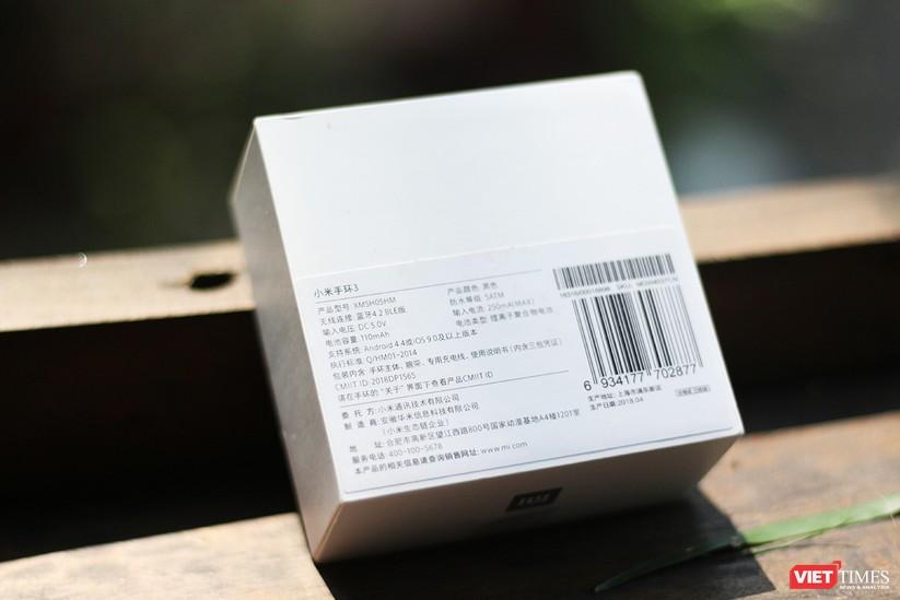 Mở hộp: 5 sự thay đổi đáng giá trên Mi Band 3 so với Mi Band 2 ảnh 3