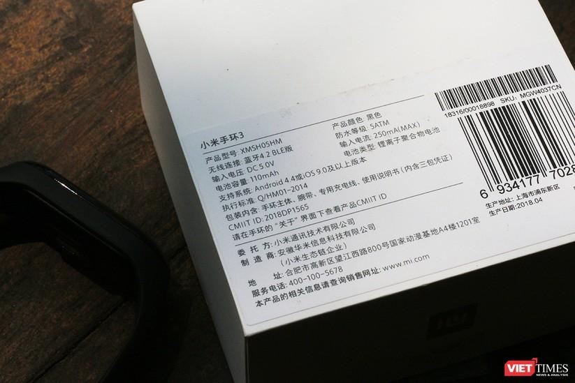 Mở hộp: 5 sự thay đổi đáng giá trên Mi Band 3 so với Mi Band 2 ảnh 4