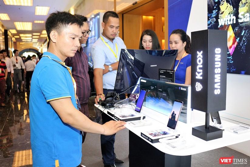 """Chùm ảnh """"Triển lãm Quốc tế về Công nghiệp 4.0"""" tại Việt Nam, nơi có sự hiện diện của robot nổi tiếng Sophia ảnh 12"""