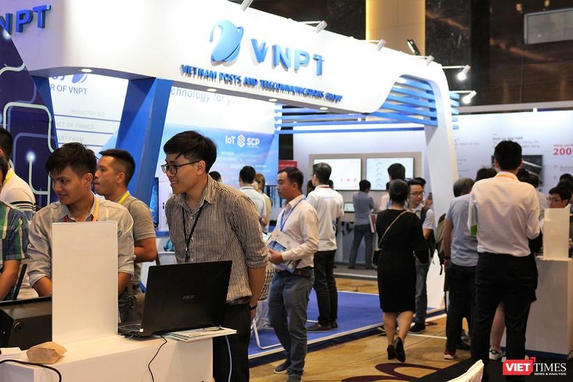 """Chùm ảnh """"Triển lãm Quốc tế về Công nghiệp 4.0"""" tại Việt Nam, nơi có sự hiện diện của robot nổi tiếng Sophia ảnh 15"""