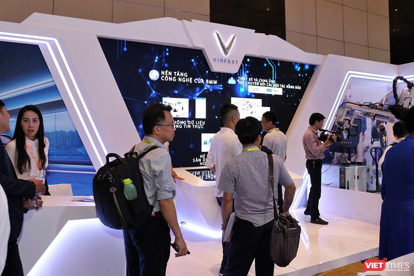 """Chùm ảnh """"Triển lãm Quốc tế về Công nghiệp 4.0"""" tại Việt Nam, nơi có sự hiện diện của robot nổi tiếng Sophia ảnh 9"""