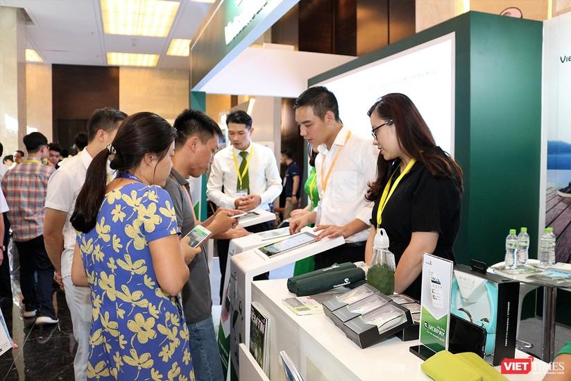 """Chùm ảnh """"Triển lãm Quốc tế về Công nghiệp 4.0"""" tại Việt Nam, nơi có sự hiện diện của robot nổi tiếng Sophia ảnh 22"""