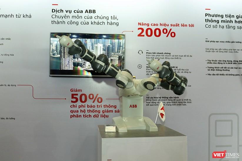 """Chùm ảnh """"Triển lãm Quốc tế về Công nghiệp 4.0"""" tại Việt Nam, nơi có sự hiện diện của robot nổi tiếng Sophia ảnh 4"""