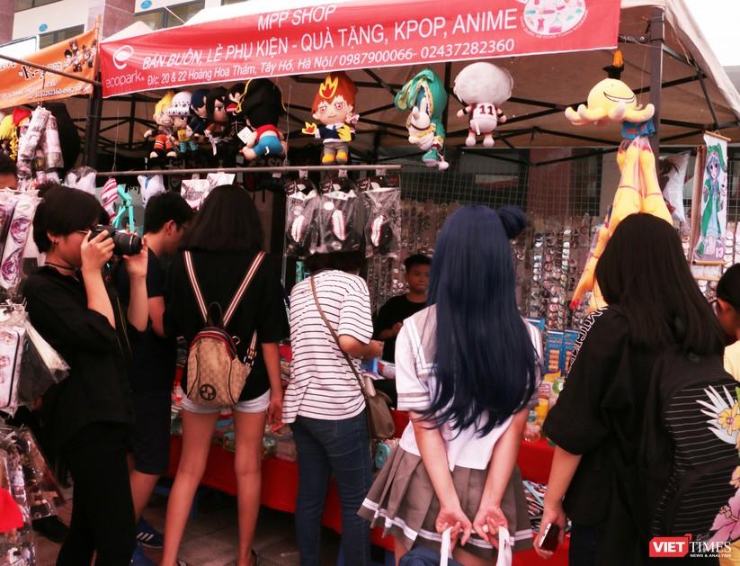 """Rực rỡ sắc màu các bộ trang phục Cosplay trong lễ hội văn hóa Nhật Bản """"Ichigo Ichie 2018"""" tại Hà Nội ảnh 11"""