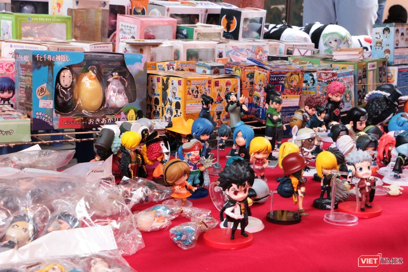 """Rực rỡ sắc màu các bộ trang phục Cosplay trong lễ hội văn hóa Nhật Bản """"Ichigo Ichie 2018"""" tại Hà Nội ảnh 13"""