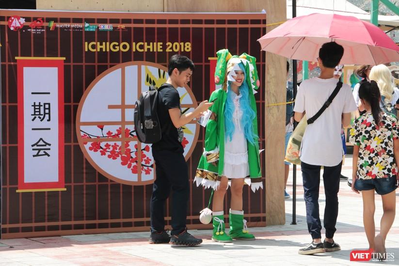 """Rực rỡ sắc màu các bộ trang phục Cosplay trong lễ hội văn hóa Nhật Bản """"Ichigo Ichie 2018"""" tại Hà Nội ảnh 1"""