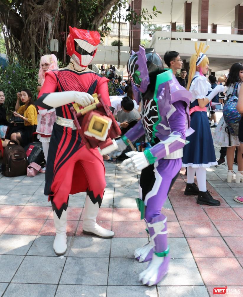 """Rực rỡ sắc màu các bộ trang phục Cosplay trong lễ hội văn hóa Nhật Bản """"Ichigo Ichie 2018"""" tại Hà Nội ảnh 29"""