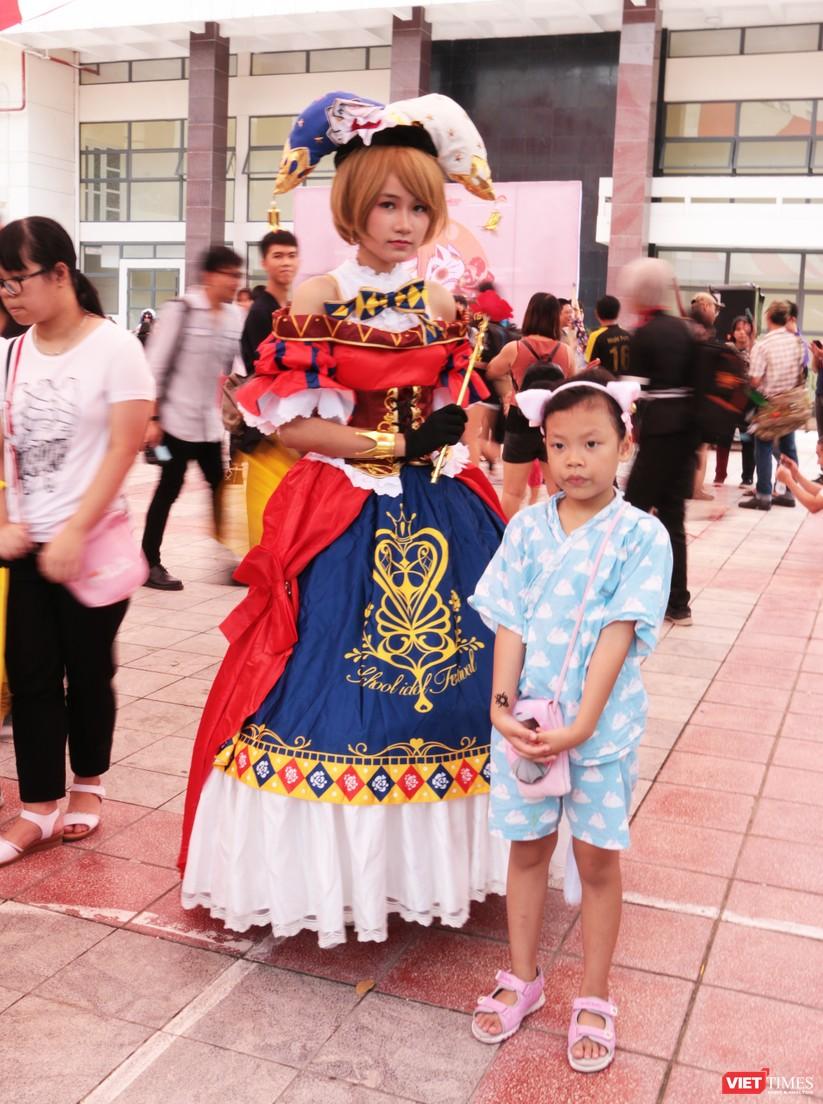 """Rực rỡ sắc màu các bộ trang phục Cosplay trong lễ hội văn hóa Nhật Bản """"Ichigo Ichie 2018"""" tại Hà Nội ảnh 4"""
