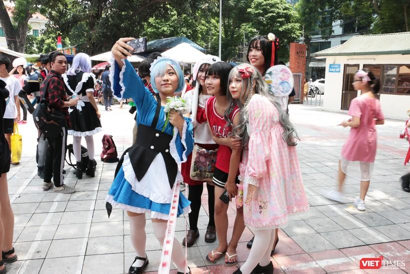 """Rực rỡ sắc màu các bộ trang phục Cosplay trong lễ hội văn hóa Nhật Bản """"Ichigo Ichie 2018"""" tại Hà Nội ảnh 9"""