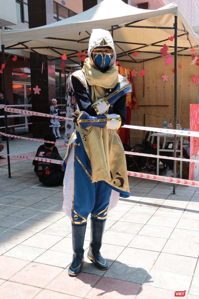 """Rực rỡ sắc màu các bộ trang phục Cosplay trong lễ hội văn hóa Nhật Bản """"Ichigo Ichie 2018"""" tại Hà Nội ảnh 36"""