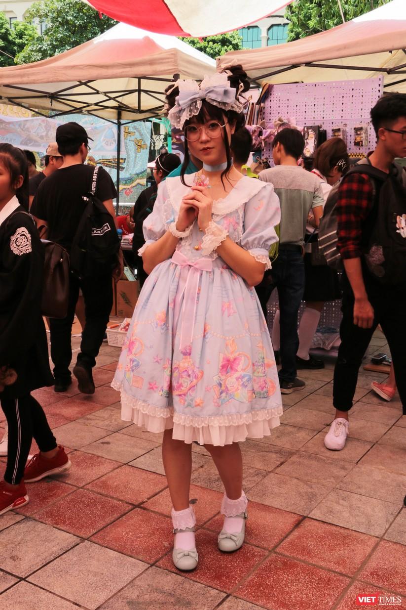 """Rực rỡ sắc màu các bộ trang phục Cosplay trong lễ hội văn hóa Nhật Bản """"Ichigo Ichie 2018"""" tại Hà Nội ảnh 46"""