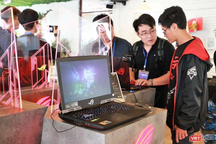 """Asus Việt Nam trình làng 5 laptop """"khủng"""" trong đó có 1 laptop có giá thành lên tới 120 triệu đồng ảnh 6"""