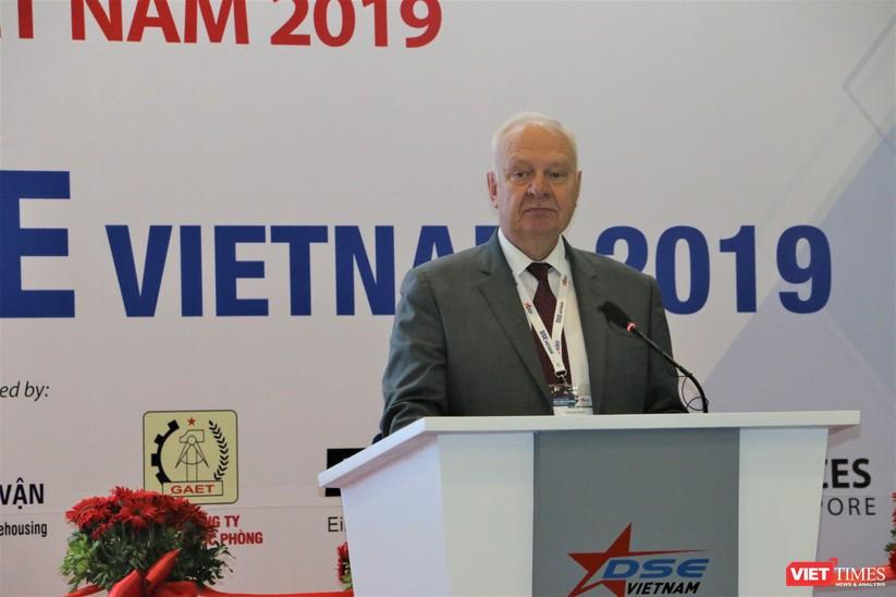 Chiêm ngưỡng hàng trăm trang thiết bị quân sự hiện đại xuất hiện tại Triển lãm Quốc tế về Quốc phòng và An ninh Việt Nam 2019 ảnh 3