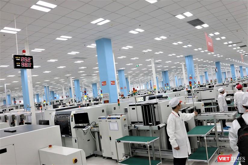 Khám phá nhà máy sản xuất thiết bị điện tử thông minh Vsmart ảnh 10