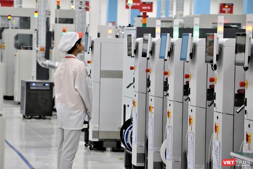 Khám phá nhà máy sản xuất thiết bị điện tử thông minh Vsmart ảnh 12