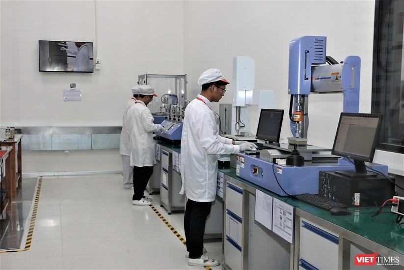 Khám phá nhà máy sản xuất thiết bị điện tử thông minh Vsmart ảnh 3