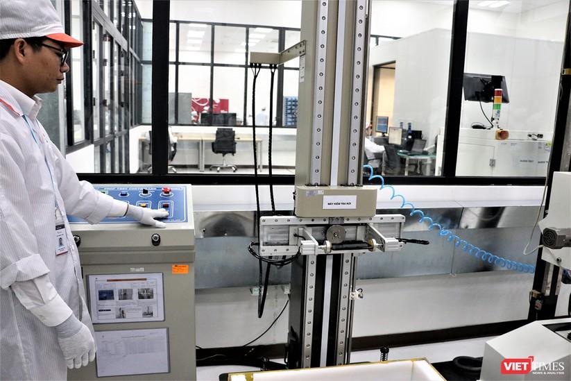 Khám phá nhà máy sản xuất thiết bị điện tử thông minh Vsmart ảnh 5