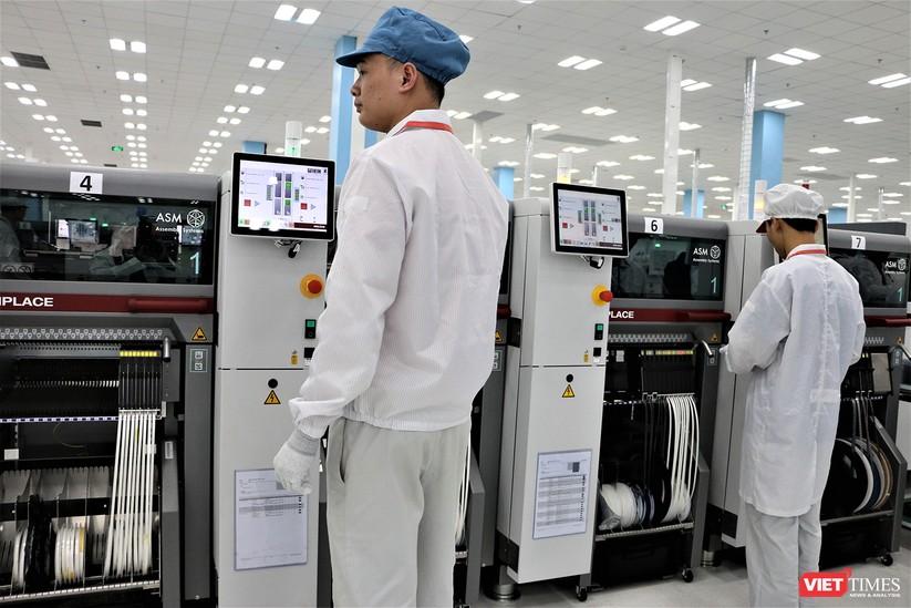 Khám phá nhà máy sản xuất thiết bị điện tử thông minh Vsmart ảnh 15