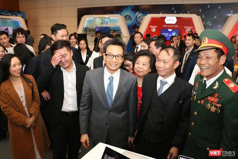 Phó Thủ tướng Vũ Đức Đam chỉ ra nguyên nhân doanh nghiệp công nghệ Việt yếu thế ngay trên sân nhà ảnh 5
