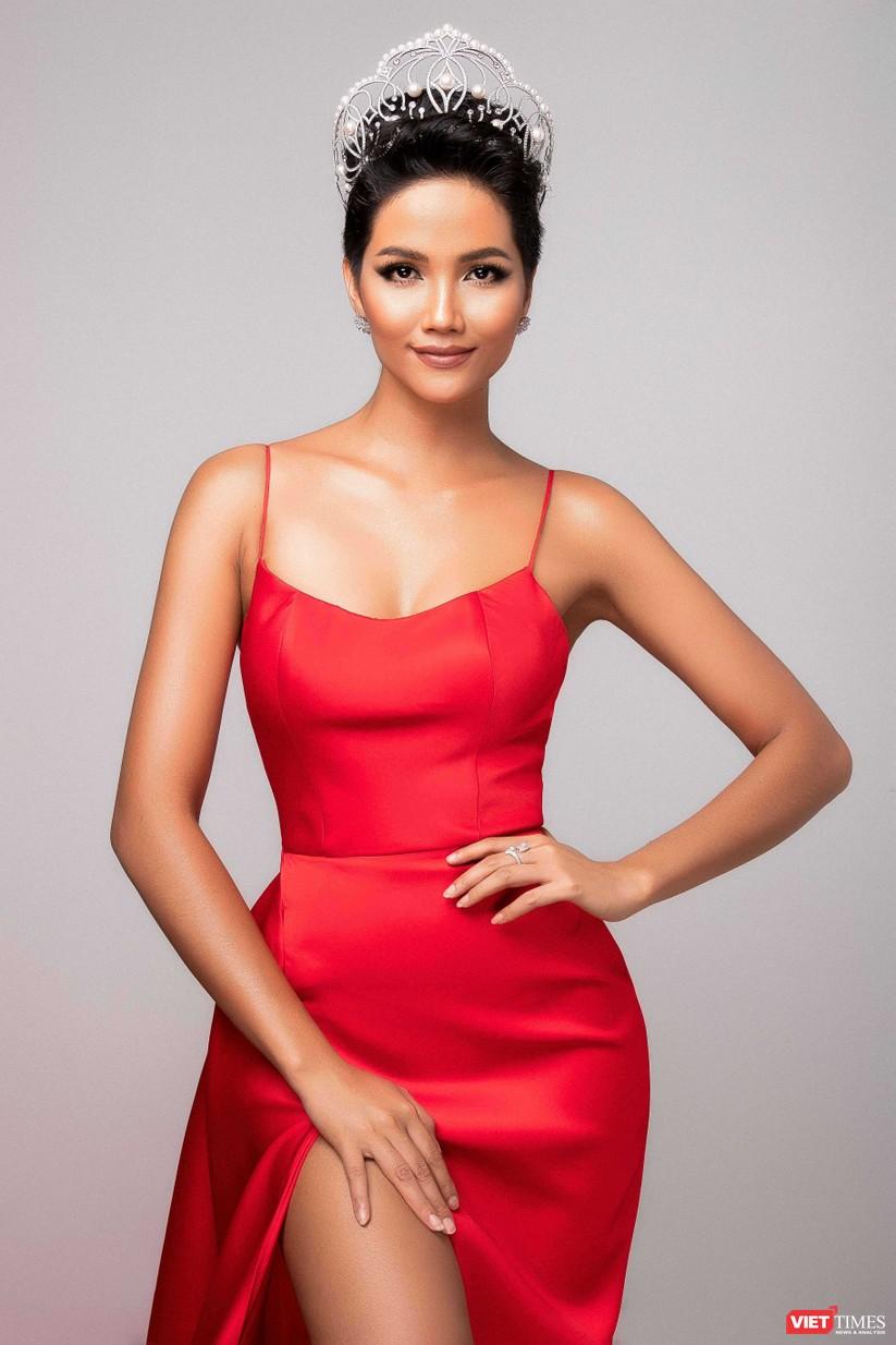 Tết của hoa hậu H'Hen Niê ảnh 4