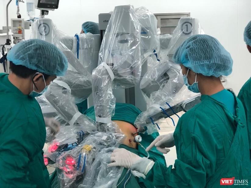 Phẫu thuật Robot ở BV Chợ Rẫy
