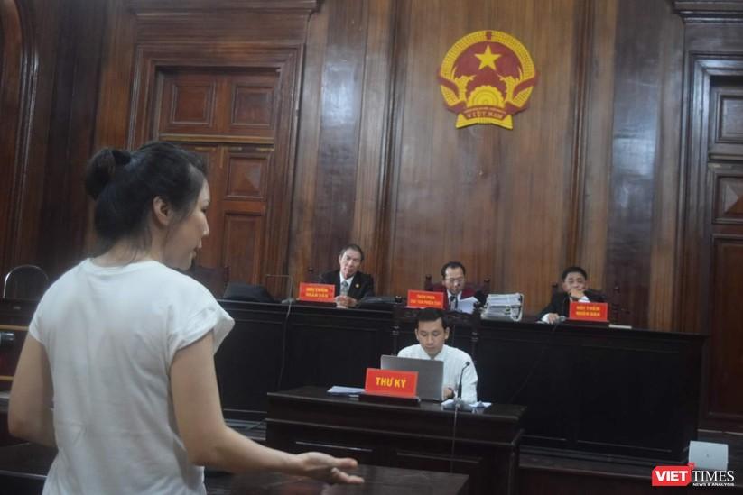 Nóng vụ xử vợ bác sĩ Chiêm Quốc Thái thuê chém chồng giá 1 tỷ đồng ảnh 1
