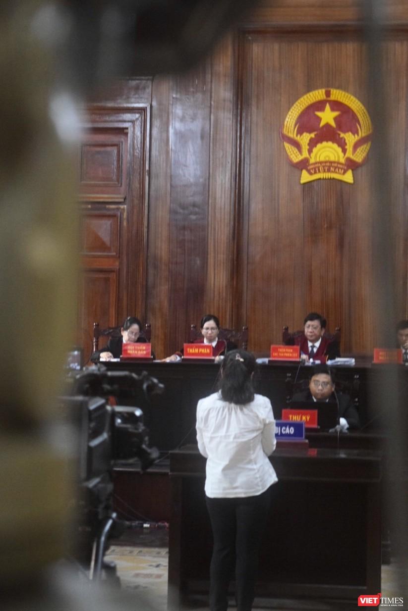 Bị cáo Phạm Quỳnh Trang bị đề nghị mức phạt tù 3-4 năm