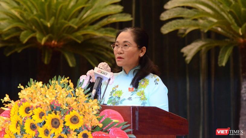 Phó Bí thư Thành ủy, Chủ tịch Hội đồng Nhân dân TP.HCM Nguyễn Thị Lệ chủ trì kỳ họp