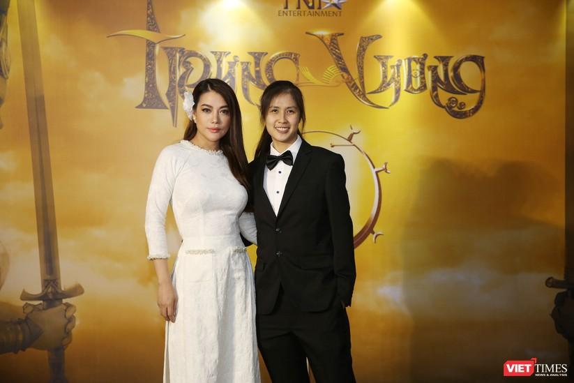Diễn viên, nhà sản xuất Trương Ngọc Ánh và Janet Ngô