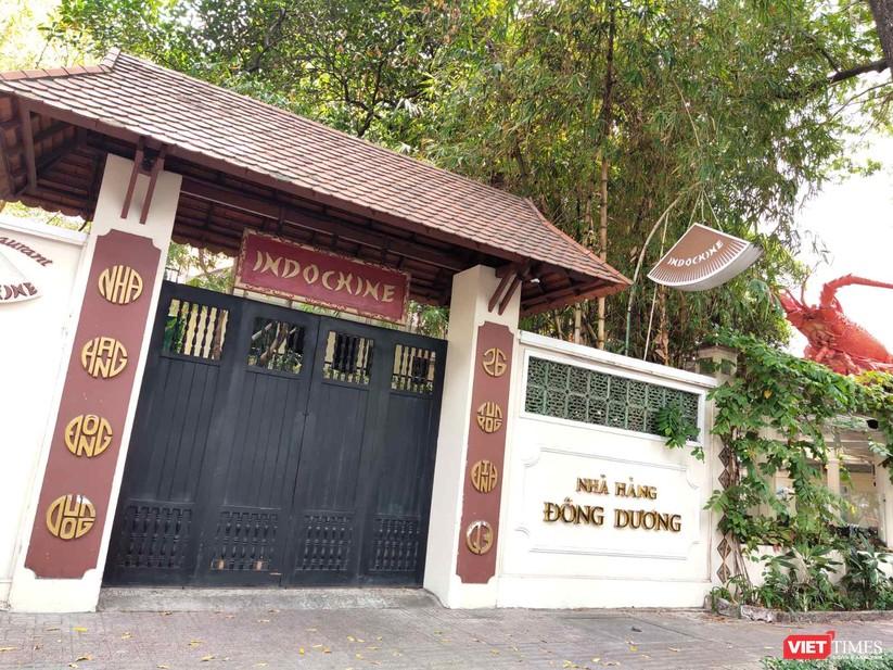 Nhà hàng Indochine đóng cửa trong quãng thời gian cách ly toàn xã hội để phòng dịch nay đã mở lại nhưng vắng khách (Ảnh: Hòa Bình)