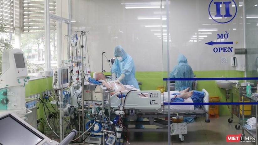 Video clip những hình ảnh đầu tiên từ phòng điều trị của bệnh nhân 91 ảnh 1