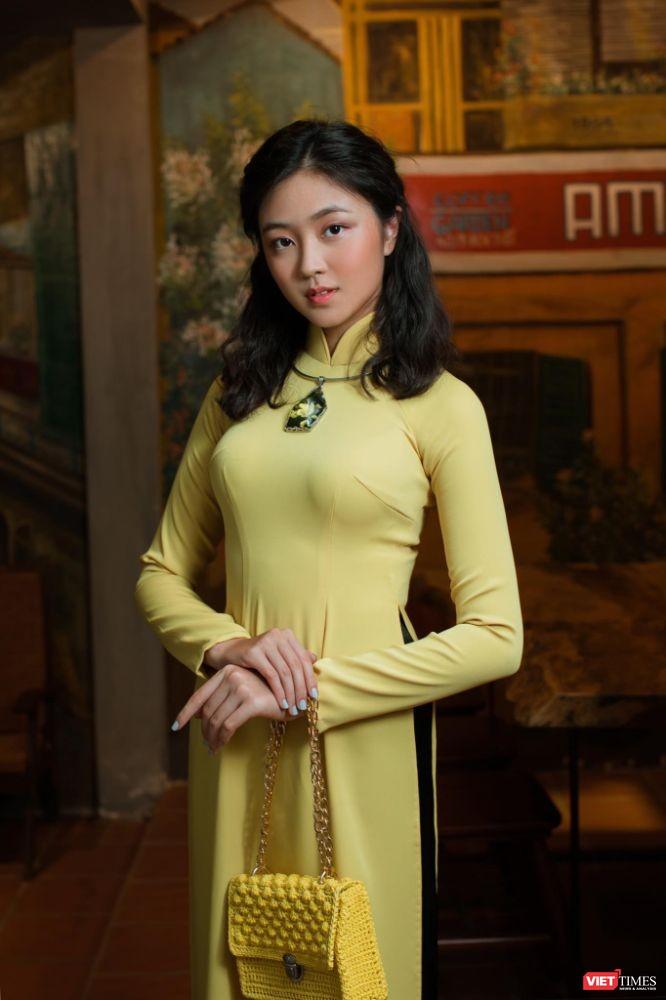 Đại sứ Áo dài bảng thiếu nhi Bảo Nguyên khoe vẻ đẹp băng thanh ngọc khiết ảnh 6