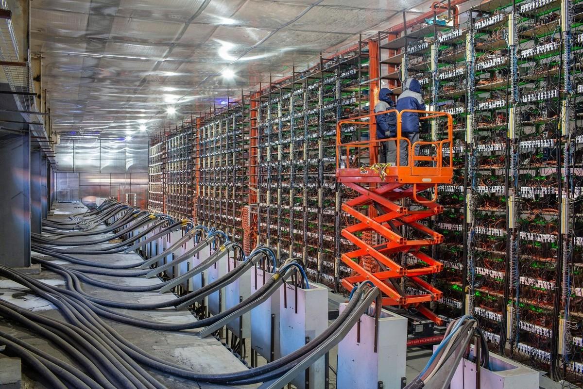 """Thợ đào Bitcoin của Trung Quốc sẽ đi đâu khi bị chính phủ """"xua đuổi""""? ảnh 1"""