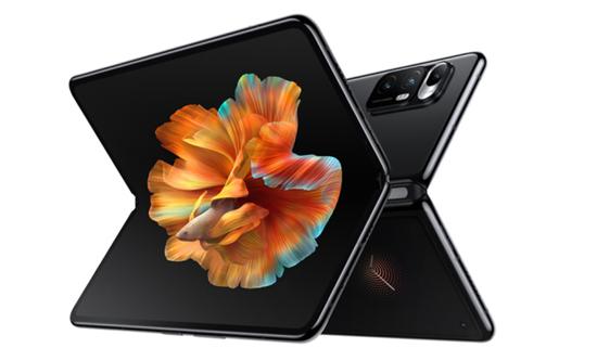 Apple trở thành biến số lớn nhất trên thị trường điện thoại màn hình gập ảnh 4