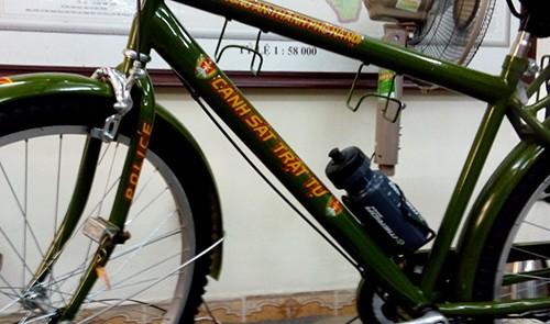 Công an Hà Nội tiếp nhận xe đạp đi tuần ảnh 1