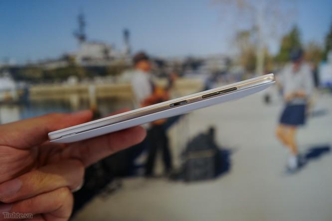Trên tay Asus Zenfone Max: điện thoại kiêm pin di động giá 4.5 triệu đồng ảnh 4