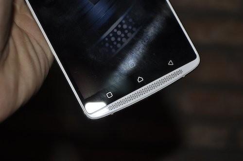 Lenovo A7010: Smartphone chuyên xem phim với loa kép ảnh 3