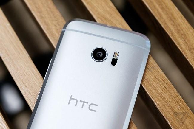 Trên tay chiếc HTC 10 thiết kế cực nam tính ảnh 5