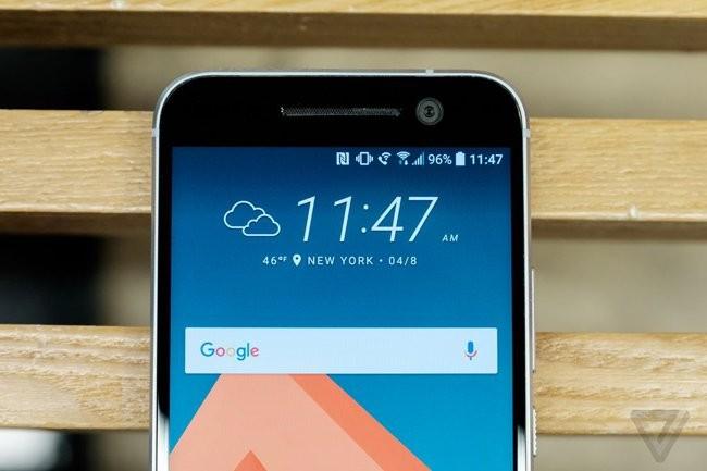 Trên tay chiếc HTC 10 thiết kế cực nam tính ảnh 9