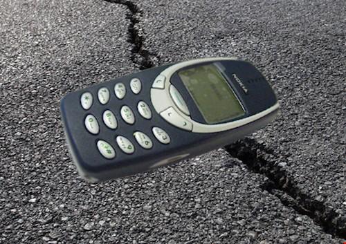 """Những lý do điện thoại cơ bản """"ăn đứt"""" smartphone ảnh 2"""