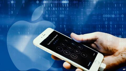 Apple lại mượn chuyện FBI lấy lòng khách ảnh 2