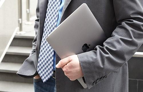 Tam tấu MacBook, MacBook Air và MacBook Pro đọ sức mạnh ảnh 1