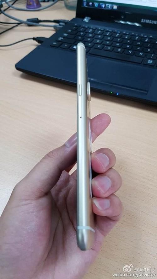 Ngắm điện thoại Galaxy C5 thiết kế giống HTC 10 ảnh 5