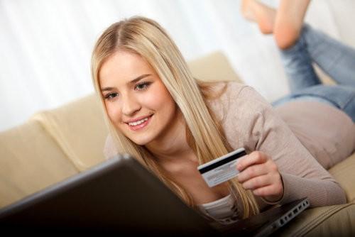 Thương mại điện tử VN: Chỉ 2,8% thanh toán online ảnh 1
